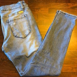 KanCan distressed moto skinny jeans